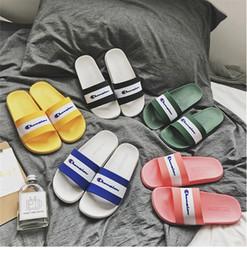 $enCountryForm.capitalKeyWord Australia - Mens Flip Flop Designer Sandals Unisex Champion Brand Slippers Women Soft Rubber Sole Sandal Luxury Fashion Summer Outdoor Beach Shoes C7304