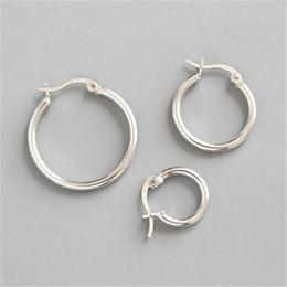 Wholesale 925 Sterling Silver Hoop Earring Round Circle Loop Earrings For Women Simple Silver Geometric Earring Brincos de Prata
