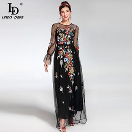 $enCountryForm.capitalKeyWord Australia - 2019 Fashion Runway Maxi Dress Women's Elegant Long Sleeve Tulle Gauze Flower Floral Embroidery Black Vintage Long Dress Y19051001