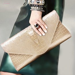 golden hand bags Australia - Women Crocodile Small Bag Lady Handbag Femme Crossbody Bags Designer Shoulder Bag Clutch Female Golden Hand Bag
