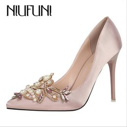 Dress Sext String Bead Ladies Party Shoes Crystal Pointed Toe Solid Women  High Heels Elegant Design Bridal Satin Pumps Women Shoes 5426f2d9a83a