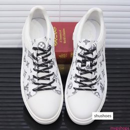 tv springs NZ - 2019BG spring autumn men s casual sports shoes high-top belt travel sneakers, micro-standard, the original fast delivery