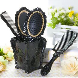 $enCountryForm.capitalKeyWord Australia - Retro Royal Women Dressing Table Mirror Combs Flroal Paddle Massage Comb Hairdressing Salon Hair Brush Set With Shelf Holder J190717