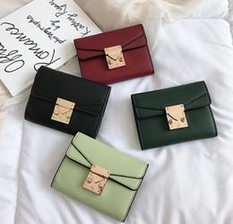 $enCountryForm.capitalKeyWord Australia - Factory sales brand women handbag vintage printed short purses fashion leather women purses multi-card round buckle wallet multi-functio