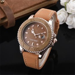 Wholesale Luxury Men s Quartz Watches with fashion leather strap designer youth student wristwatches fashion sports leisure watch