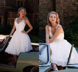 $enCountryForm.capitalKeyWord NZ - Vintage Design Tea Length A-Line Short Wedding Dresses V-Neck Straps Beaded White Lace Hot Sale Bridal Gowns Custom Made DH4039