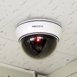 Großhandel Überwachungskamera mit LED-Sensor Licht Dummy Dome Fake-Kameras für Indoor-Outdoor-Sicherheitsschutz