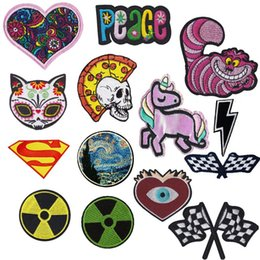$enCountryForm.capitalKeyWord Australia - Checkered Flag Cheshire Cat Embroidered Patches Superman Pizza Peace Love Fabric Patches Hulk Unicorn Sticker For Clothes Decor