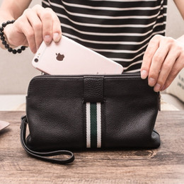 $enCountryForm.capitalKeyWord Australia - Free Shipping! New Travel Toiletry Pouch 26 cm Protection Makeup Clutch Women Genuine Leather Waterproof 19 cm Cosmetic Bags For Women 47542