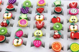 polymer clay babies UK - Wholesale Lots 50pcs Baby Girl's Fimo Fruits Rings Children's Adjustable Polymer Clay Rings Party Birthday Gift MR70