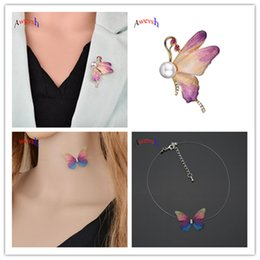 Wholesale Awevsh Transparent Invisible Fishing Chain Choker Necklace with Multicolor Butterfly Pendant for Women Butterfly Brooches