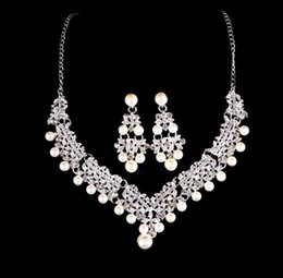 pearl sets Australia - Fashion Pearl Jewelry Necklace Earrings Set Women Bohemia color Bib Chain Necklace Earrings Bridal Jewelry Sets