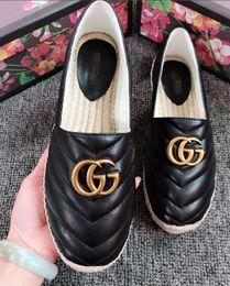 fba667570 Venda quente das mulheres calçados casuais sapatilhas de moda feminina  mocassins de couro sapatos de qualidade superior mulher trança de palha  grossa ...