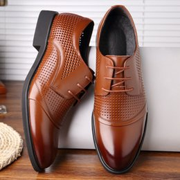 Mens Classic Leather Dress Shoes Australia - mens designer dress shoes Genuine leather Metal snap Peas wedding Shoes classic fashion Men's shoes big size loafers