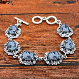 $enCountryForm.capitalKeyWord NZ - Cheap Charm Bracelets Oval Resin Lady Queen Bracelet Vintage Look Antique Silver Plated Fashion Jewelry For Woman TB349
