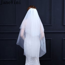 cut edge veils UK - JaneVini Simple White Bridal Veils Wedding Accessories Short Veil for Wedding 2018 Cheap Two Layers Cut Edge Bride Veil with Comb Ivory