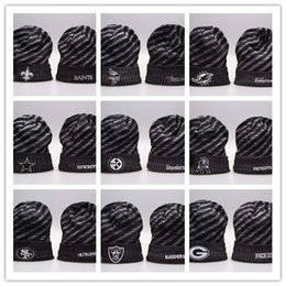 New Beanies Football Beanies 2019 Sideline Cold Weather Sport Knit Hat Pom  Pom Hats Hot 32 Team Color Knits Mix Match Order All Caps fc9623759cec