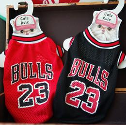 Wholesale fans clothes online – oversize Basketball Fan Vests Dog Cat Pet Unisex T shirts Outdoor Travel Walk Dog Pet Dress Up Must Clothes