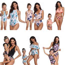 1578ab524 40 estilos moda Mãe Filha Swimwear Biquíni trajes 2019 verão Swimsuit praia  mulheres menina ruffles flor Xadrez impressão conjuntos de biquíni C6138