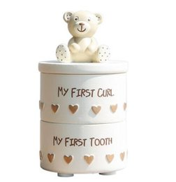 $enCountryForm.capitalKeyWord UK - Cute bear resin storage tank Jewelry box Narnia bear baby deciduous collection box