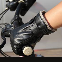Men s winter gear online shopping - 2018 New arrival Motorcycle Gloves Winter keep Warm Waterproof Windproof Sports Racing gloves Moto Protective Gear