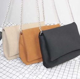 a2bc7478a24a New Chic Chain Baggage Girls on Ins Superheater 2017 Chaozhou Korean Version  Baitao Oblique Baggage Simple Single Shoulder Baggage