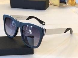 afed279a22 Estrellas pc online-Lujo 7016 Gafas de sol para hombre y para mujer  Diseñador de