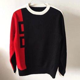 Alta calidad del Mens Casual Suéteres Moda Hombres Mujeres larga carta de la manga de impresión Pareja suéteres otoño jersey suelto suéteres para las mujeres en venta