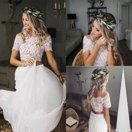 Wholesale Summer Boho Two Pieces Wedding Dresses Boat Neck Short Sleeve Lace Bohemian Beach Wedding Dresses Floor Length Chiffon Button Back Bridal