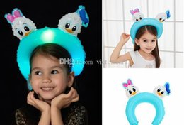 $enCountryForm.capitalKeyWord Australia - Cute Baby Hairband Balloons LED flash light up foil Cartoon Animal Hair Bands Headwear Family Girl Boy Kids Hair Accessories 3 pcs set