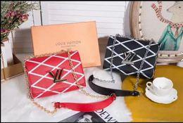 $enCountryForm.capitalKeyWord Australia - Lowest price Sale 2019 new style leather fashion women's popular handbag high quality Color mixing Ladies designer shoulder wallets purse 09