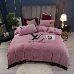 modern single beds NZ - Fashionable Bedding Set King Size Classic High End Embroidery Duvet Cover Luxury Queen Twin Full Single Double Comfortable Bed Cover
