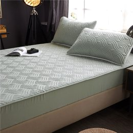 Wholesale quilted fabrics for sale - Group buy Bed Cover cotton Fabric Quilted Mattress Protector Thicken king Mattress Topper for Bed Anti mite twin Cover