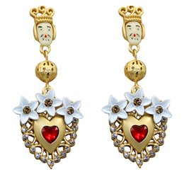 Chinese  New Retro Baroque Exaggerated Earrings Long Crystal Earrings King Doll Love Female Fashion Jewelry manufacturers