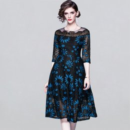New gancho de Mulheres Lace Flower Dress oco Out O decote A-line Vestidos OL Work Wear Elegant Business Casual Vestidos
