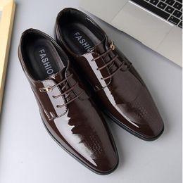 Stylish Shoes Australia - Men Oxfords Italian Stylish Men's Dress Shoes Men's loafers Spring groom shoes for men , wedding shoes sp41