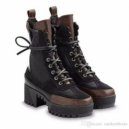 $enCountryForm.capitalKeyWord Australia - BLACK HEART PLATFORM DESERT BOOT Femmes Knee Booties Trainers Leather LAUREATE PLATFORM 1A43LP (With Box+Dust Bag) Free Shipping S21