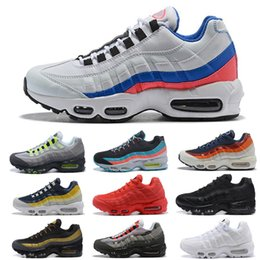 500493d49d 2019 95 OG 20th Anniversary Men Running Shoes Solar Red Pull Tab Grape  Patch Release Triple Black White 95S Trainers Designer Sneakers 36-45