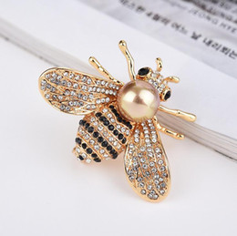 pearl accessories for girl kids Canada - Bee Pins Brooch For Women Kids Girls - Luxury Jewelry Brooches Fashion Accessories Gifts - Gold Alloy Imitation Pearl
