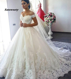 Wholesale ribbon sleeve gown for sale – custom Off Shoulder Princess Wedding Dresses Ball Gown Lace Applique Beads with Sleeves Bridal Gown Bride Dress Vestido de Noiva