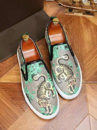 tiger sneakers Australia - Designer Shoes New Tiger Snake Cat Printed Leather Sneakers Fashion Luxury Slip on Loafers Trainers For Mens Size 38-46