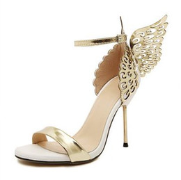 beautiful butterfly wedding dresses Canada - FY2019 Beautiful Butterfly Wings Walking Show Nightclub High Heel Sandals Stiletto Heels Casual Sandals no logo