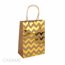 $enCountryForm.capitalKeyWord UK - Gold Silver Heart Chevron Kraft Paper Gift Bag Handle Festival Jewelry Favor Bags Wedding Birthday Party Gift Package Wrapping T190711