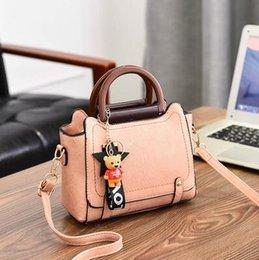 $enCountryForm.capitalKeyWord NZ - Spring and summer on the new small bag women 2020 new fashion retro handbag fairy cross-body bag Korean version of one-shoulder bag