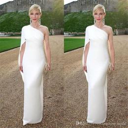 $enCountryForm.capitalKeyWord Australia - Elegant 2019 White Ivory Sheath Dresses Evening Wear Simple One Shoulder Red Carpet Celebrity Party Gowns Custom Cheap Long Prom Dresses