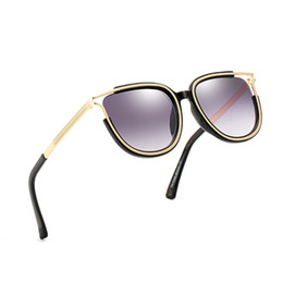 summer sunglasses uv UK - High-end ladies square sunglasses brand designer summer style ladies sunglasses ladies gold frame sunglasses anti-UV fashion mixed color