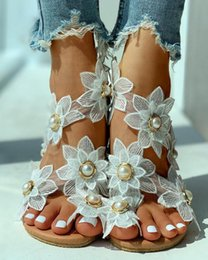 flat pearls white Australia - Summer sandals Women Lace White Multilayer flowers Flat Sandals Beach Pearl Shoes with Slip on Clip Toe