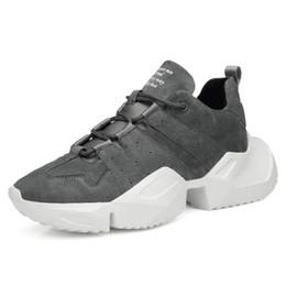 3d1f4c7edbe66 Hommes Papa Sneakers Casual Chaussures En Cuir Véritable Noir Blanc Rouge Chunky  Sneakers Chaussures de Marche En Plein Air Zapatillas Hombre Respirant