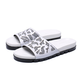 $enCountryForm.capitalKeyWord Australia - Fashionable summer white rivet diamond slippers, fashionable leather peep-toe Roman platform sandals