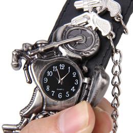 $enCountryForm.capitalKeyWord NZ - Punk Wrist Watch Series Rock Chain Motorcycle Stereo Pattern Men And Women Personality Hip Hop Watch Bracelet Cuff Gothic